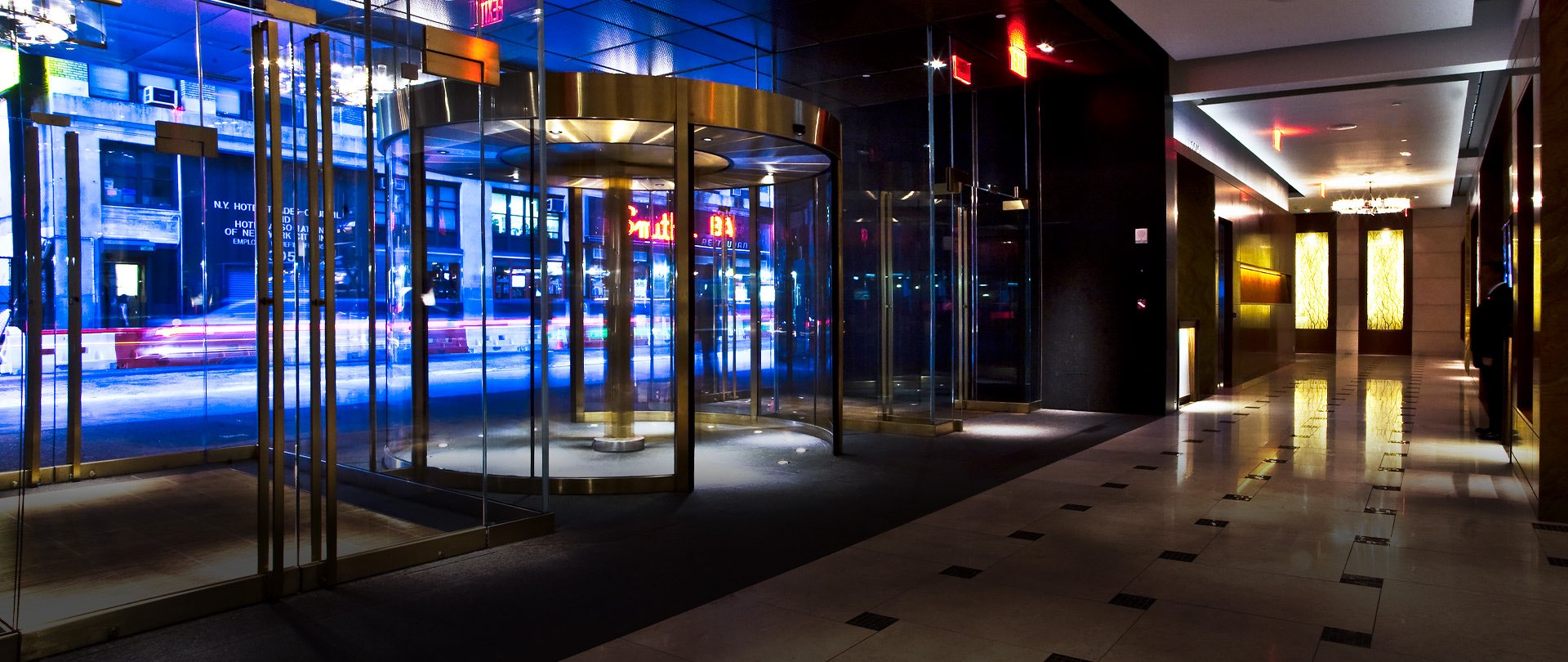 the revolving door at the hotel entrance