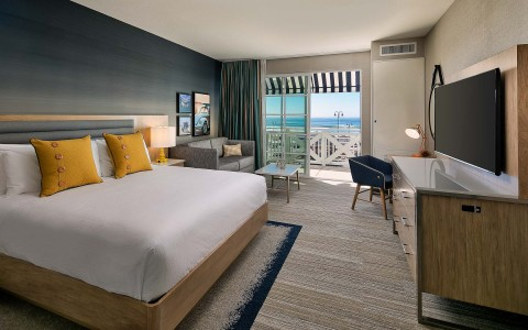 a guest suite with ocean views and 1 bed