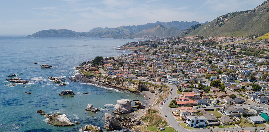 overhead view of pismo beach shoreline and buildings