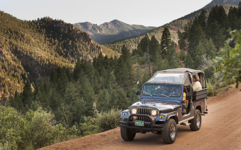 Adventures Out West vendor adventure travel series jeep