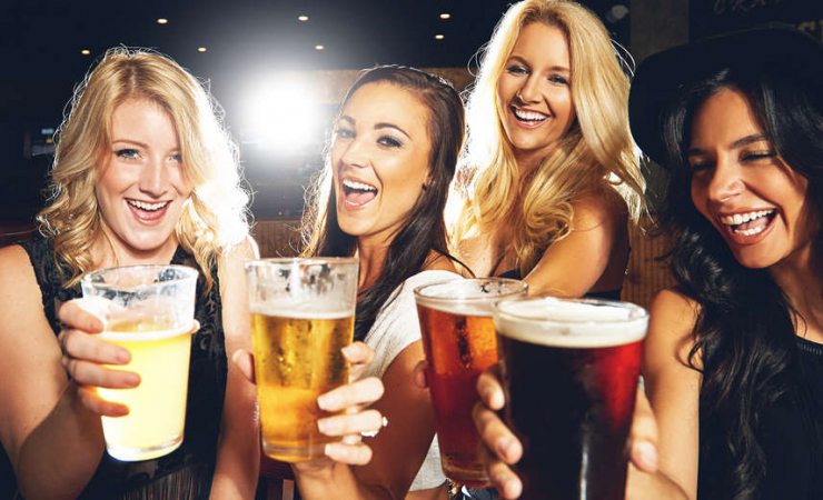 4 Girls Drinking Beer