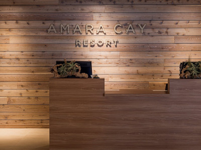 amara cay check in desks