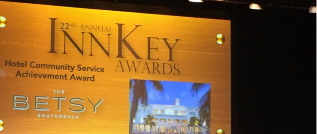 Packet that reads Inn Key Awards