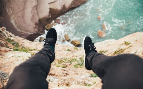 Feet over the Cliffs of California
