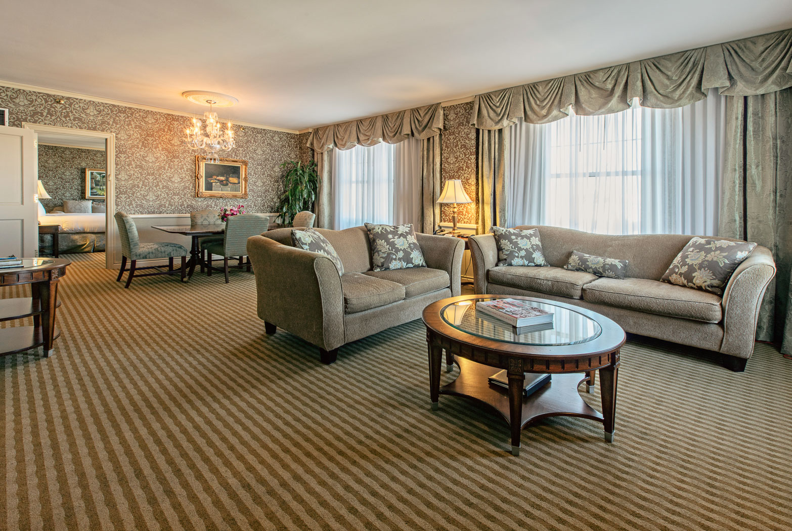 luxurious hotel rooms suites in louisville the brown hotel