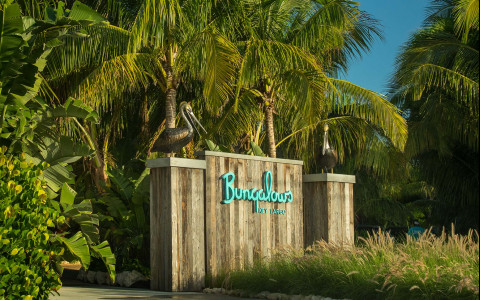 The entrance of Bungalows Key Largo