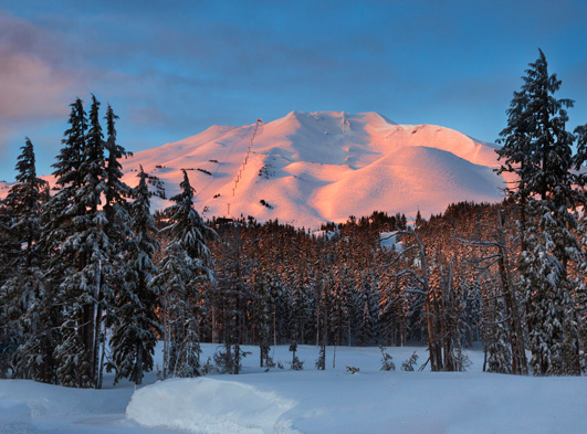 mount bachelor at sunrise