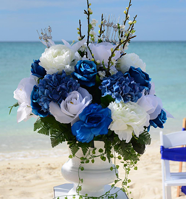 bouquet of flowers on the beach