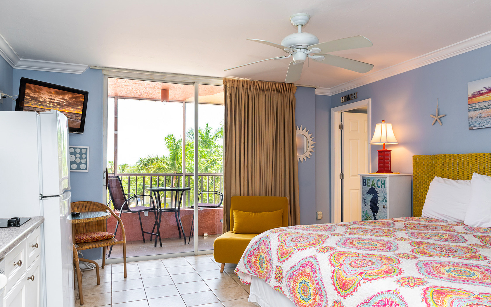 Casa Play Resort Bayview Suite Master Bedroom with seating area