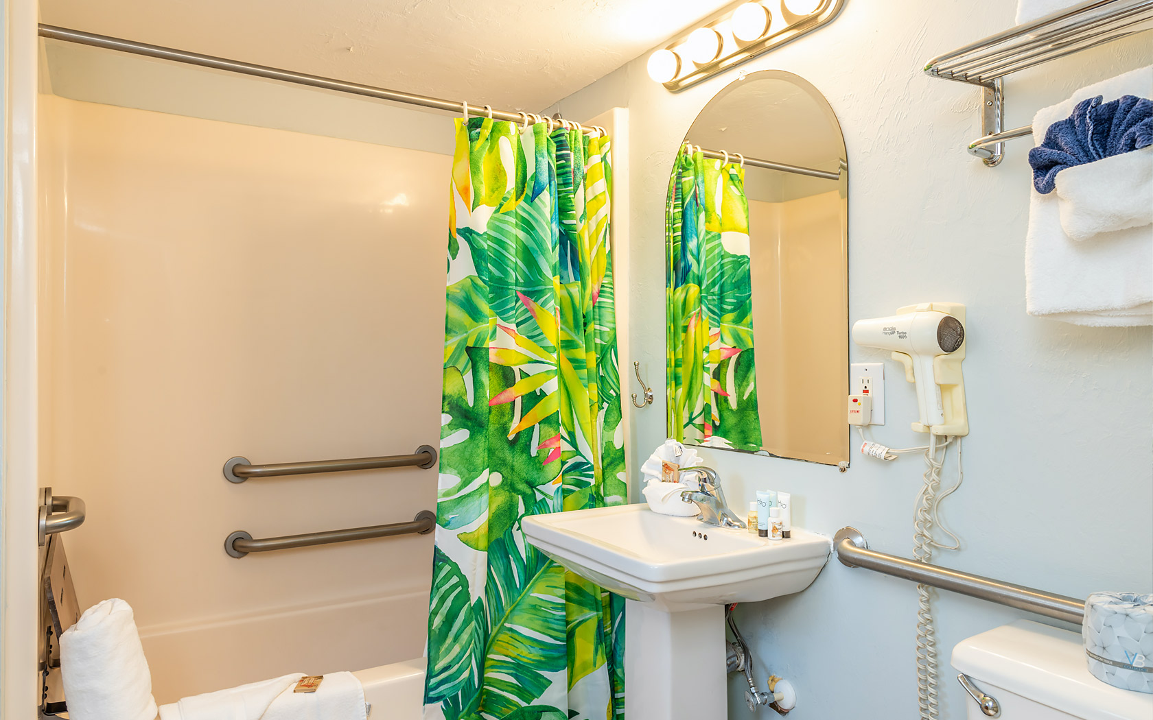 Casa Play Resort bathroom palm frond shower curtain