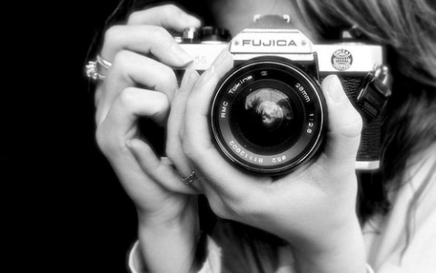 black-and-white-camera-camera-photo-cameras-cool-favorites-favim-com-40836-57f5141fa7589.jpg
