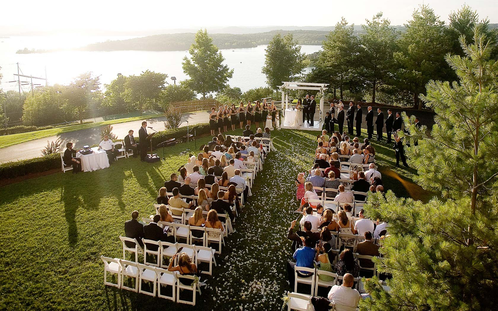 Meetings & Weddings | Chateau on the Lake | Wedding Events