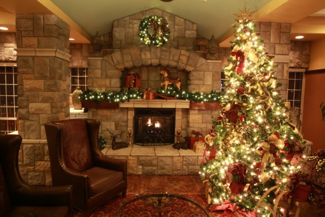 a holiday in the mountains - When Does Branson Mo Decorate For Christmas