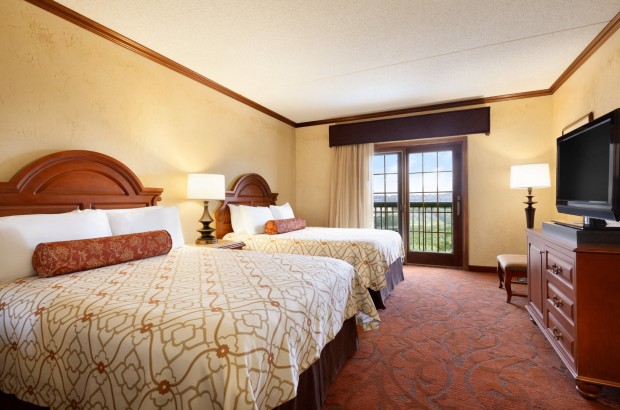 Feature Special  Chateau on the Lake Resort Spa & Convention Center