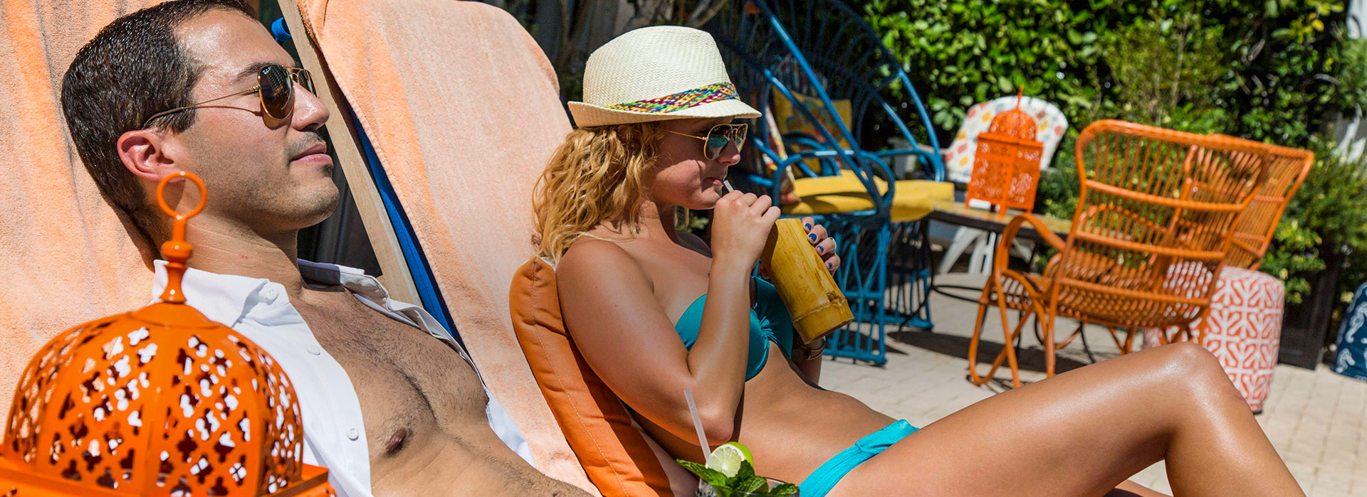 circa 39 exterior building of signage surrounded by palm trees