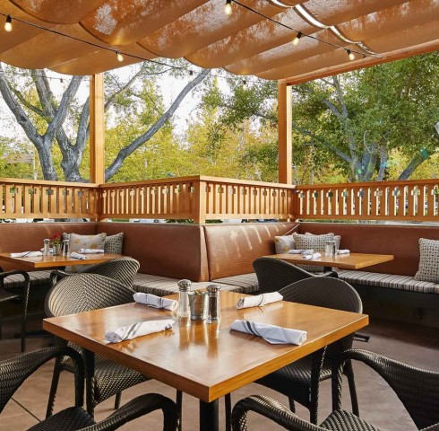 covered outdoor restaurant dining