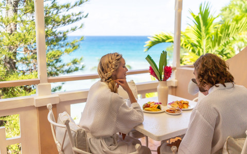 Premier Beachfront Suite, Couples Sans Souci