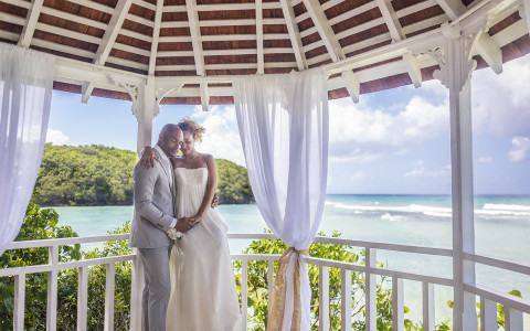 Couples Sans Souci Wedding Gazebo