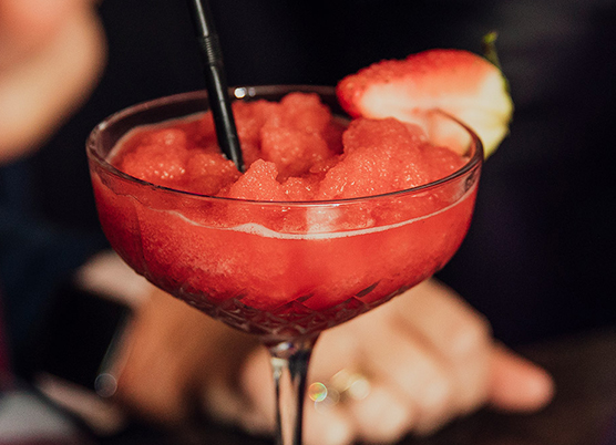 frozen strawberry cocktail drink