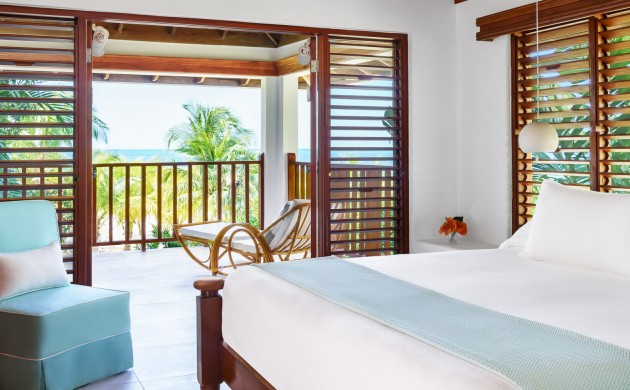 Beachfront Verandah Suite