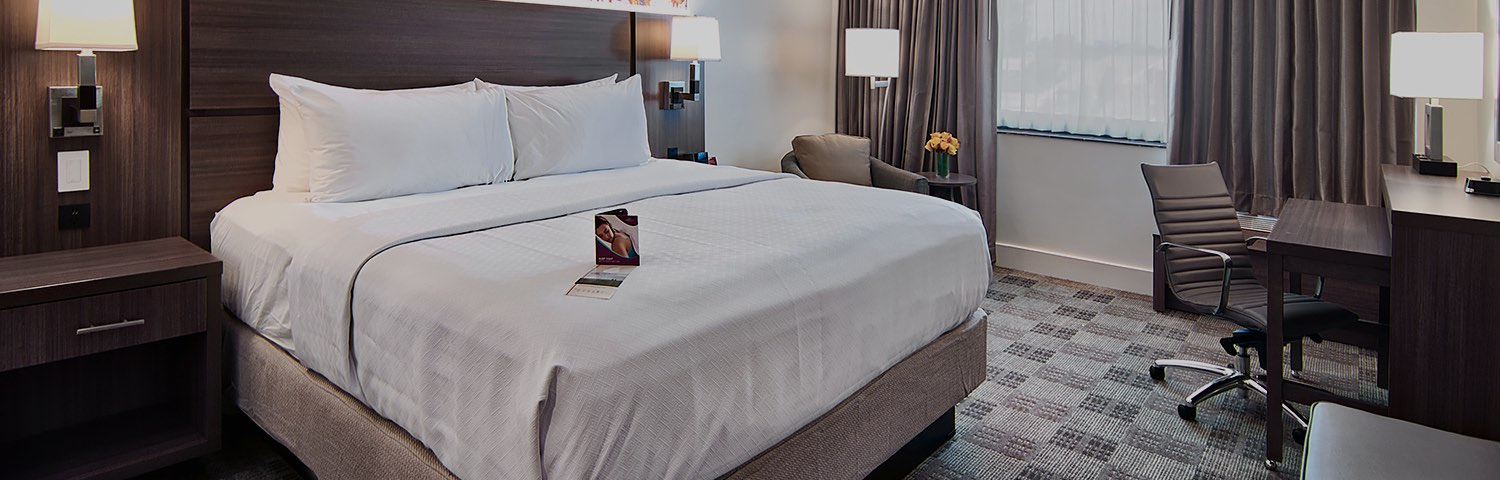 Hotels In Baton Rouge Rooms Crowne Plaza Baton Rouge