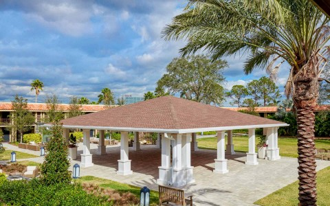 the pavilion outdoor event space at Doubletree By Hilton Orlando Seaworld