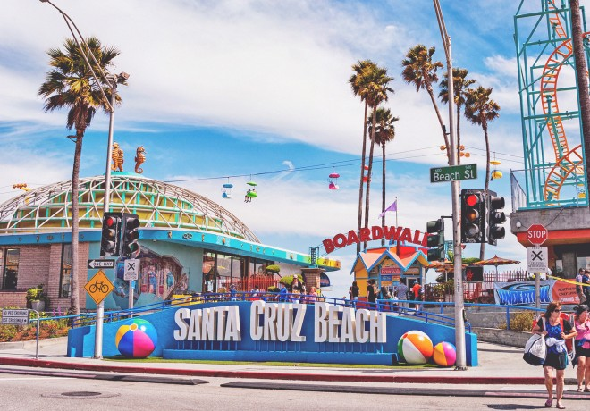 Entrance and signage of the Santa Cruz Beach Boardwalk