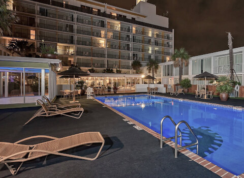 el tropicano pool deck at night