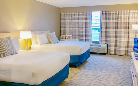 Fenwick Inn Double bed renovated  suite
