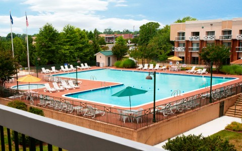 L-shape Pool area at Fredericksburg Hospitality House Hotel & Conference Center