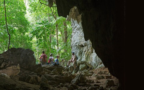 Guided hikes at Rio Frio Cave are magical