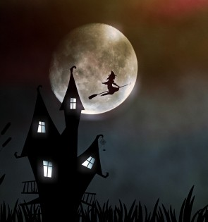 witchs house broomstick moon