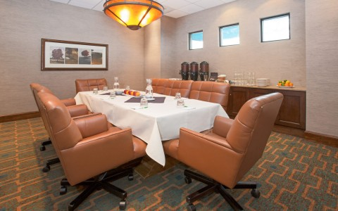 Private Meeting Room inside the Hoilday Inn Denver Cherry Creek