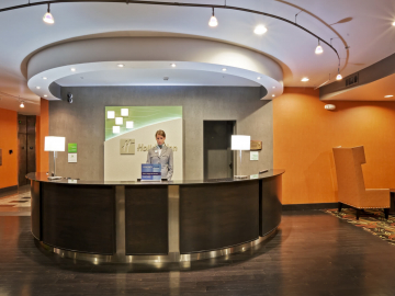 Holiday Inn Tulsa lobby and reception desk