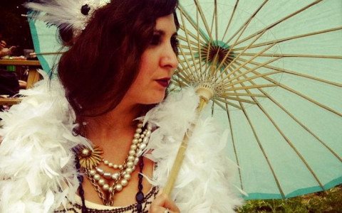 jazz age lawn party girl