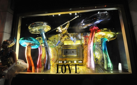 barneys holiday window display