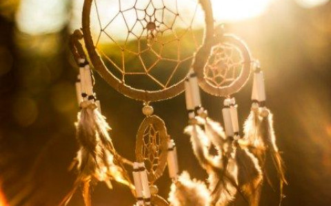 light colored dream catcher against the sunlight