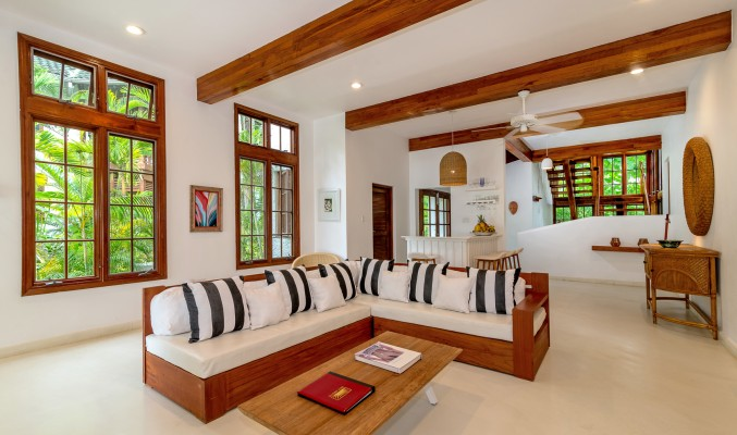Naseberry Villa <span>3 Bedrooms</span>