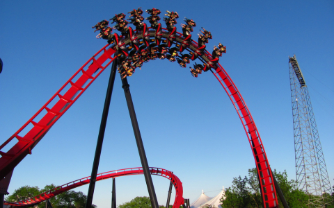 A Looping Coaster Awaits at Six Flags Great America