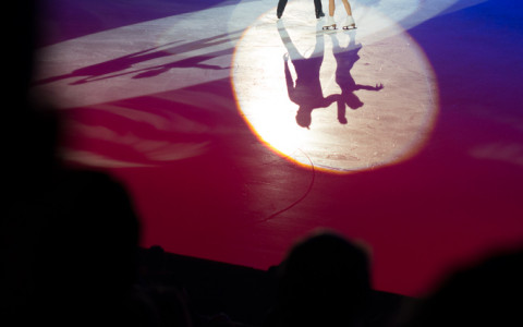 figure skaters silhouette