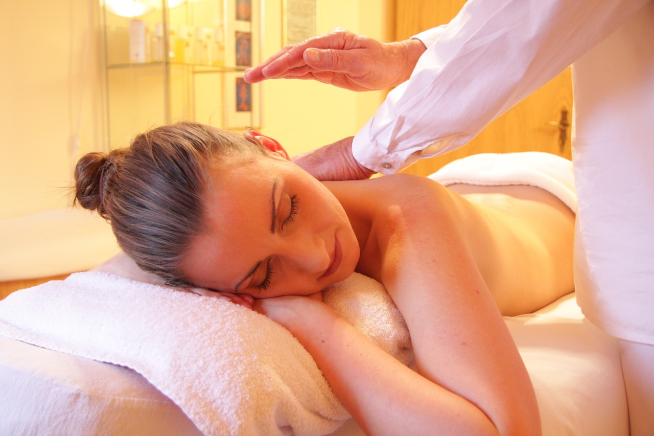 woman at the spa receives massage