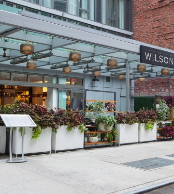 Wilson restaurant outdoor seating