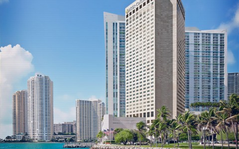 InterContinental Miami: Luxury Miami Hotels | Your 3rd Night Is Free