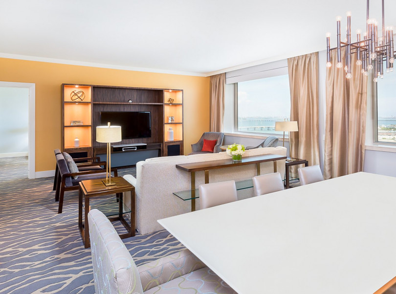 intercontinental miami executive suite living area