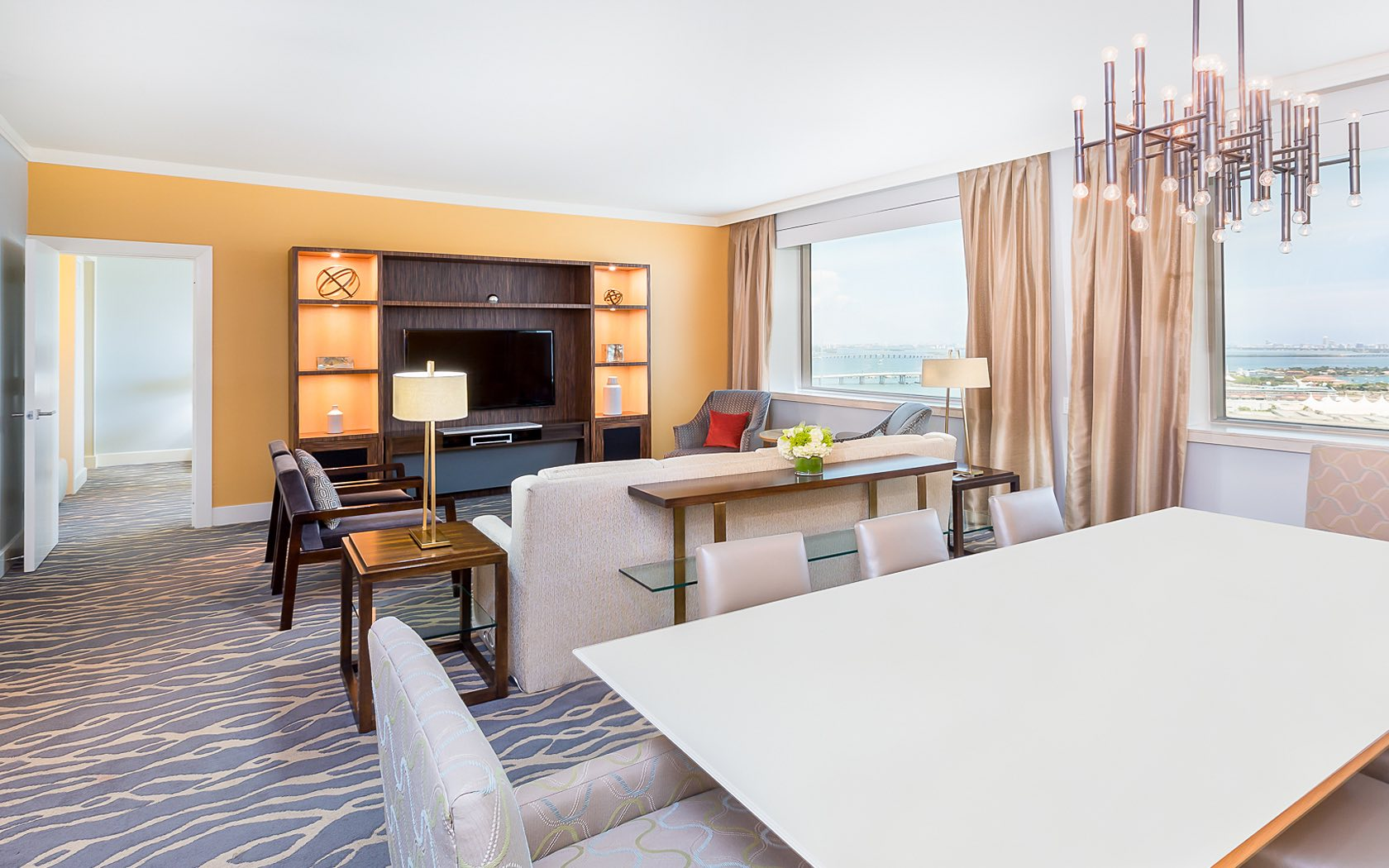 Miami Accommodations | Rooms & Suites | InterContinental Miami