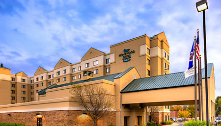 exterior of homewood suites mall of america bloomington
