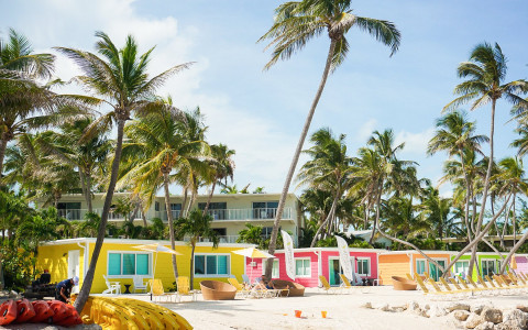 la siesta colorful beachside cottages