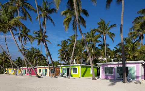 la siesta colorful beachside cottages 2