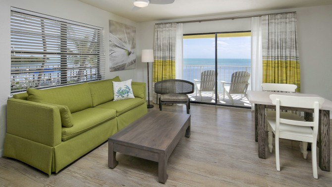 Studio Suite Ocean Front King