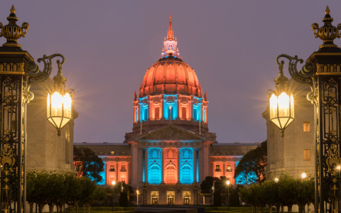 san francisco city hall illuminated